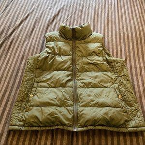 Old Navy Performance Fleece Puffer Vest